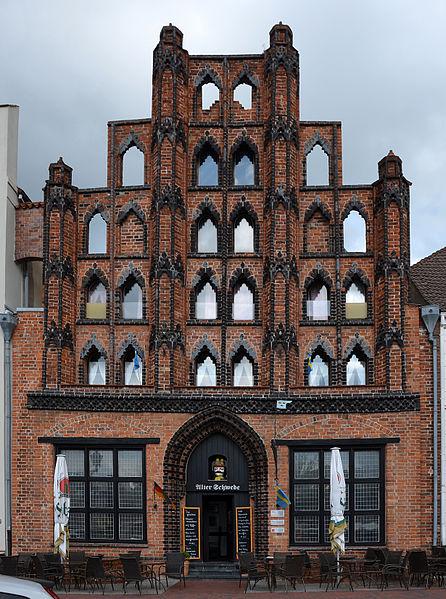L'edificio denominato Alter Schwede nella piazza del mercato a Wismar