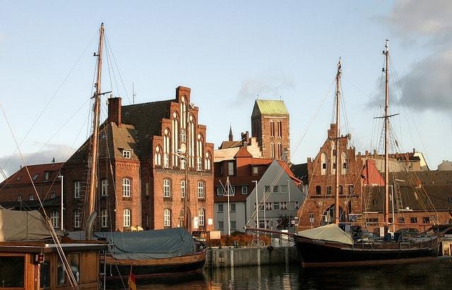 Foto del vecchio porto di Wismar