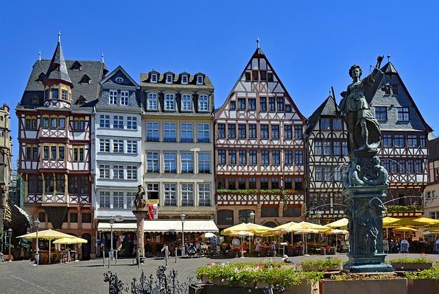 Edifici tipici del quartiere Romerberg di Francoforte