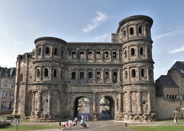 Treviri è la più antica città tedesca con numerose rovine dell'Impero Romano