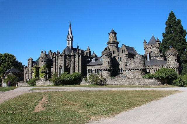 Il castello dei leoni nel parco di Wilhelmshöhe