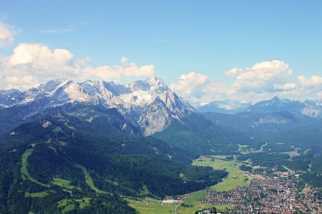 Lo Zugspitze e il panorama circostante