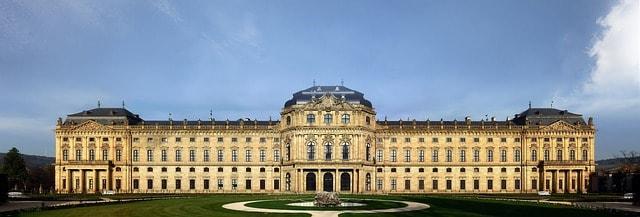 Veduta frontale del Palazzo di Würzburg