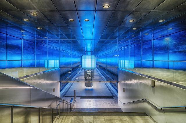 La stazione dell'Hafencity di Amburgo